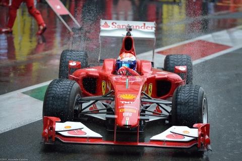 Marc Gené in uscita dal box - Finali Mondiali Ferrari 2013 - Mugello