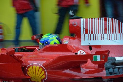Felipe Massa in Pit per la sua volta - Finali Mondiali Ferrari 2013 - Mugello