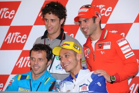 Loris Capirossi, Valentino Rossi, Marco Melandri e Andrea Dovizioso ... un autentico poker d'assi italiano